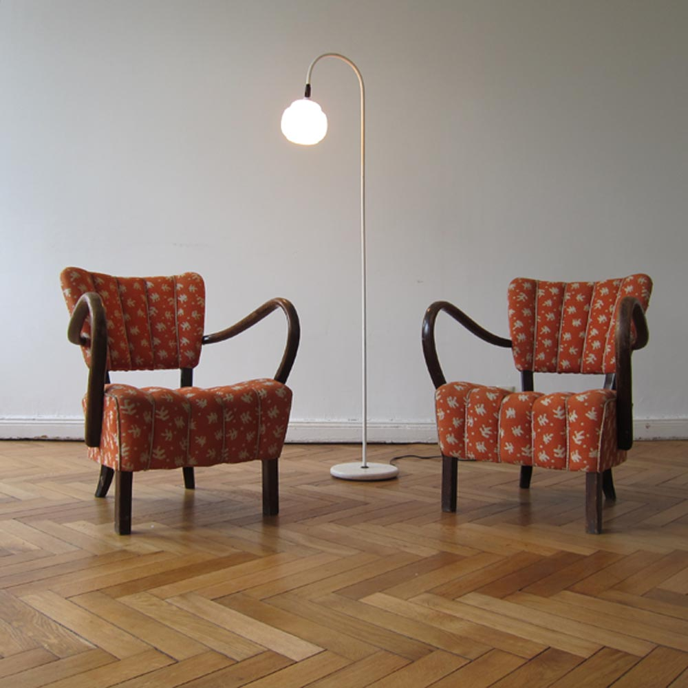 MAR-DEN BERLIN_1940s chairs_vintage light
